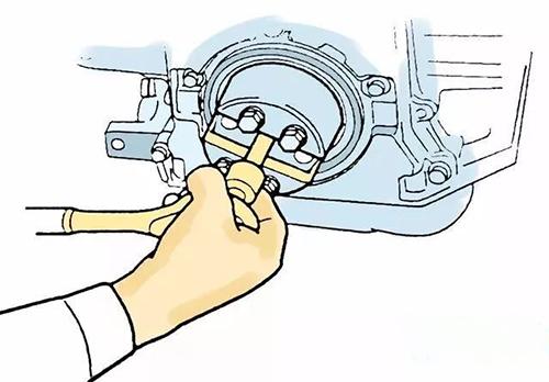 拆卸挖掘机配件前油封
