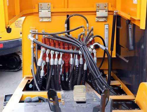 挖掘机配件液压系统