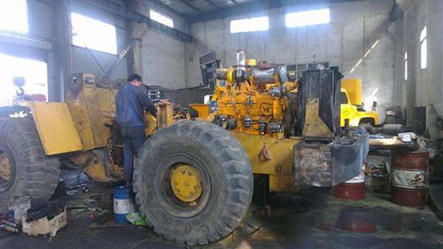 挖掘机配件技术商