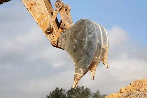 挖掘机配件松土斗