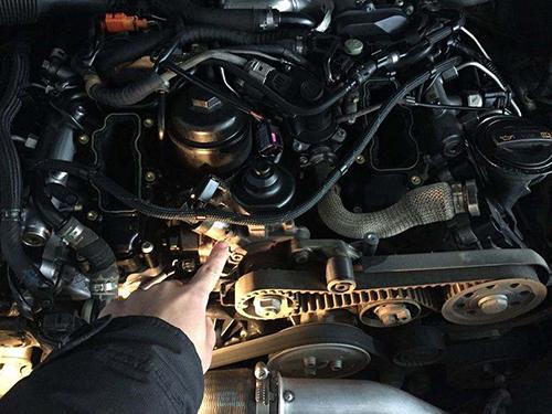 发动机又烧机油了怎么办?斗轴厂家出新招给您看!